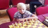 Wakacyjne sukcesy szachowe 7 - letniego Pawełka  Sowińskiego z UKS SP 1 Brzozów.