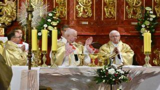 Konsekracja Ołtarza w Bazylice Mniejszej w Brzozowie