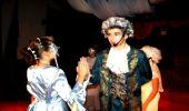 """Spektakl """"Piękna i Bestia"""" na scenie Gminnego Ośrodka Kultury w Domaradzu"""