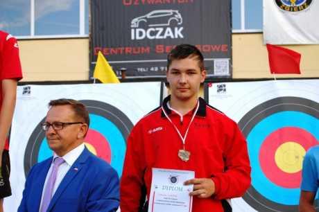 Łucznicze Mistrzostwa Polski Młodzików w Zgierzu. Brązowy medal dla Sagit.