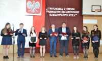 """Narodowy Dzień Pamięci """"Żołnierzy Wyklętych"""" w Zespole Szkół Ogólnokształcących w Brzozowie"""