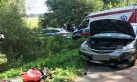 Zdarzenie z udziałem motocyklisty i dwóch samochodów